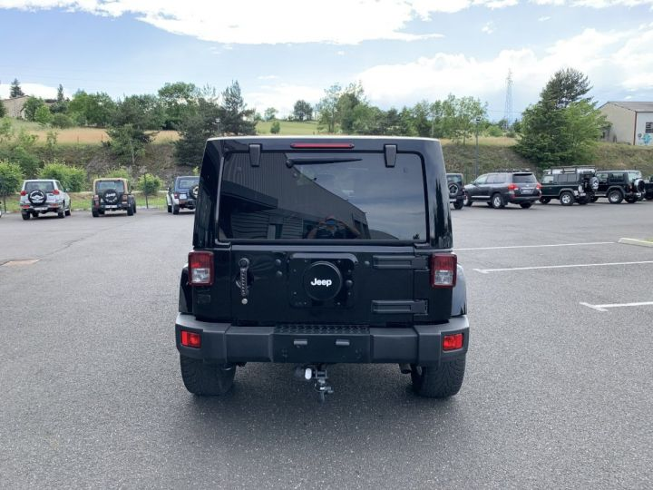 Jeep Wrangler JK ULIMITED 2.8 L CRD 256 CV Sahara Noire - 7