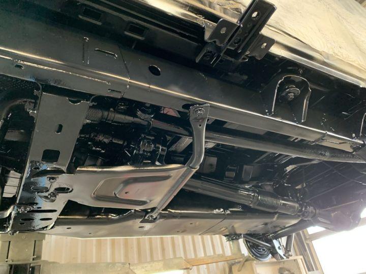 Jeep Wrangler JKU 2.8 L CRD 200 CV BVA Sahara Gris clair - 18