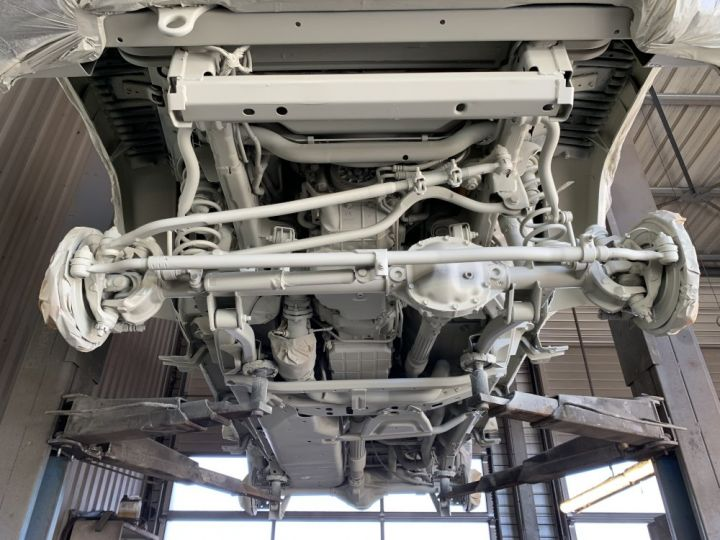 Jeep Wrangler JKU 2.8 L CRD 200 CV BVA Sahara Gris clair - 14