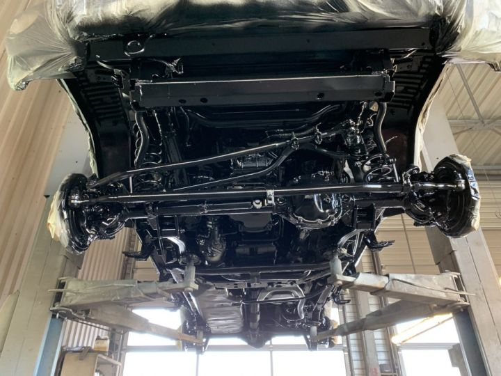 Jeep Wrangler JKU 2.8 L CRD 200 CV BVA Sahara Gris clair - 17
