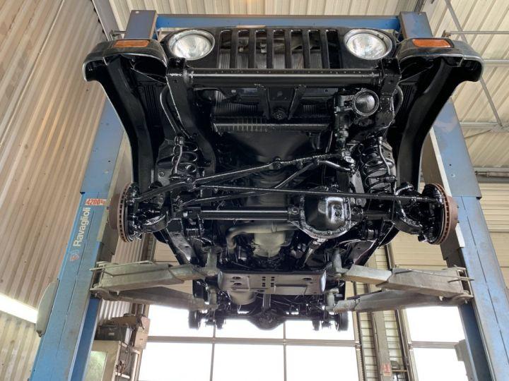 Jeep WRANGLER TJ 2.5 L 118 CV Sport Noir - 17