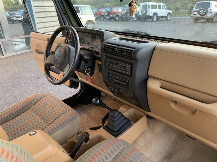Jeep WRANGLER TJ 4 L 177 CV Sport Vert Foncé - 9
