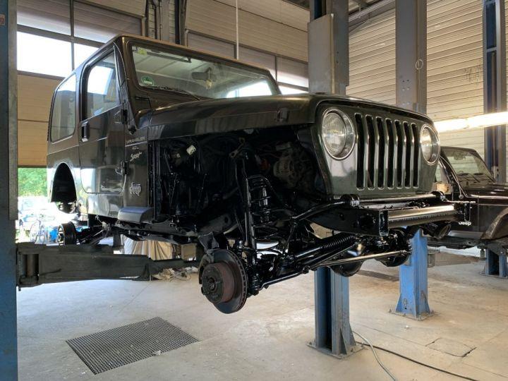 Jeep WRANGLER TJ 4 L 177 CV Sport Vert Foncé - 16