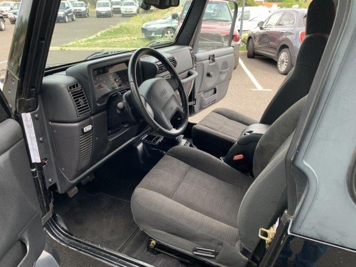Jeep Wrangler TJ 4 L 177 CV Sport Noire - 11