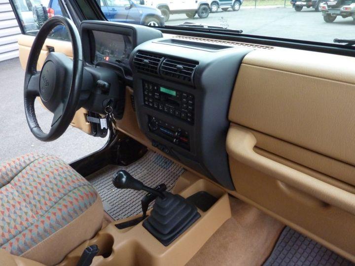 Jeep Wrangler TJ 4 L 177 CV Sport Noire - 13