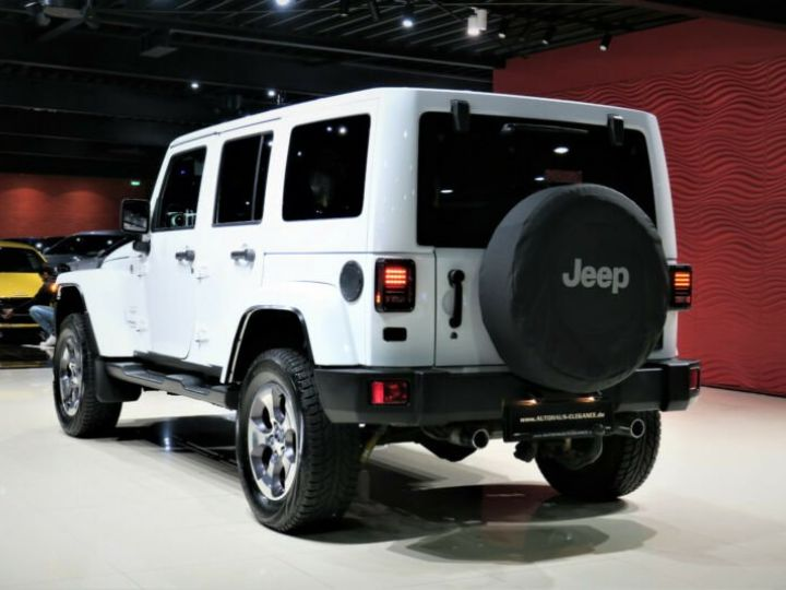Jeep Wrangler Unlimited Sahara* Blanc - 2