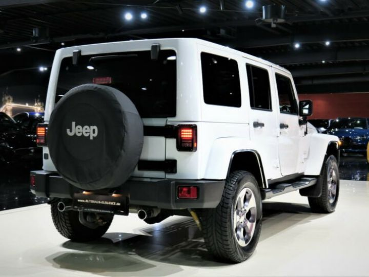 Jeep Wrangler Unlimited Sahara* Blanc - 4