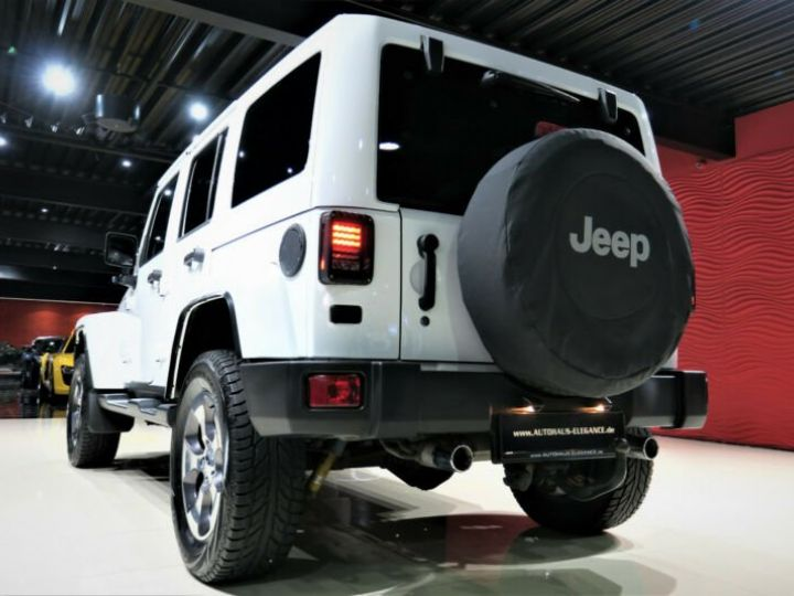 Jeep Wrangler Unlimited Sahara* Blanc - 8