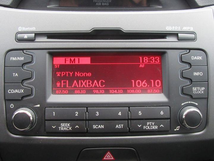 Kia SPORTAGE 1.6 GDI 135 DRIVE 4X2 Noir Occasion - 15