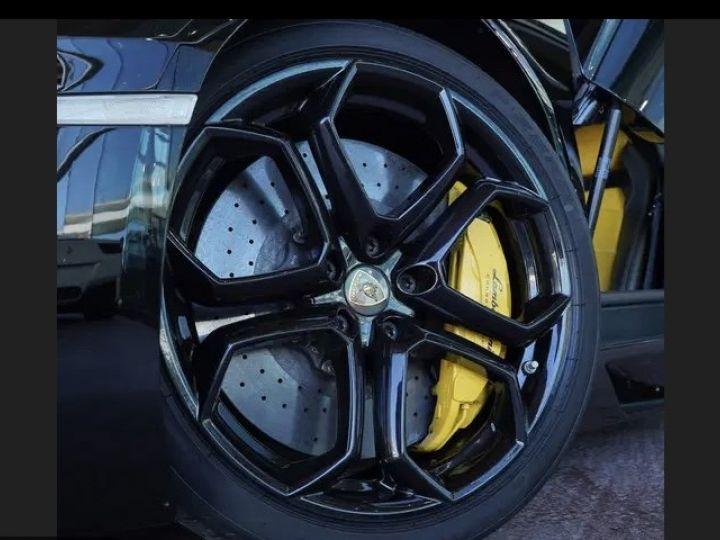 Lamborghini Aventador noire  - 7