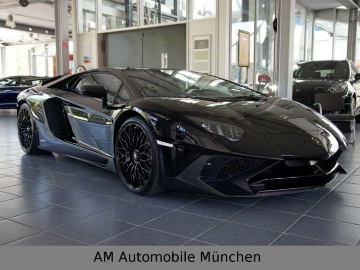 Lamborghini Aventador noire - 2