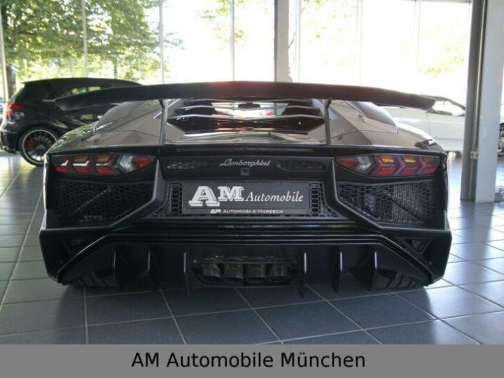 Lamborghini Aventador noire - 6