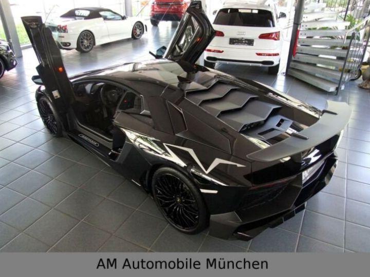 Lamborghini Aventador noire - 9