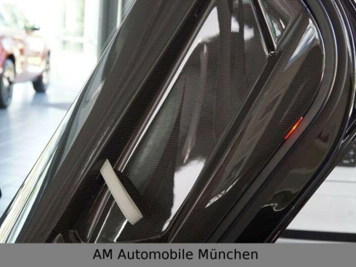 Lamborghini Aventador noire - 13