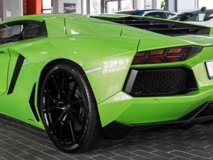 Lamborghini Aventador 6.5 V12 700 LP700-4 Vert Ithaca métallisé - 3