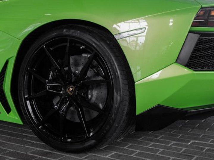 Lamborghini Aventador 6.5 V12 700 LP700-4 Vert Ithaca métallisé - 6