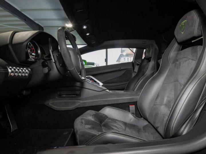 Lamborghini Aventador 6.5 V12 700 LP700-4 Vert Ithaca métallisé - 11