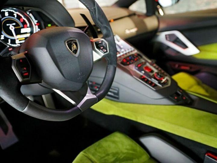 Lamborghini Aventador Lamborghini Aventador LP 700-4 noir - 8
