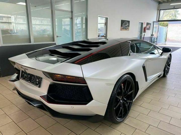 Lamborghini Aventador Lamborghini AVENTADOR LP 700-4 blanc - 12