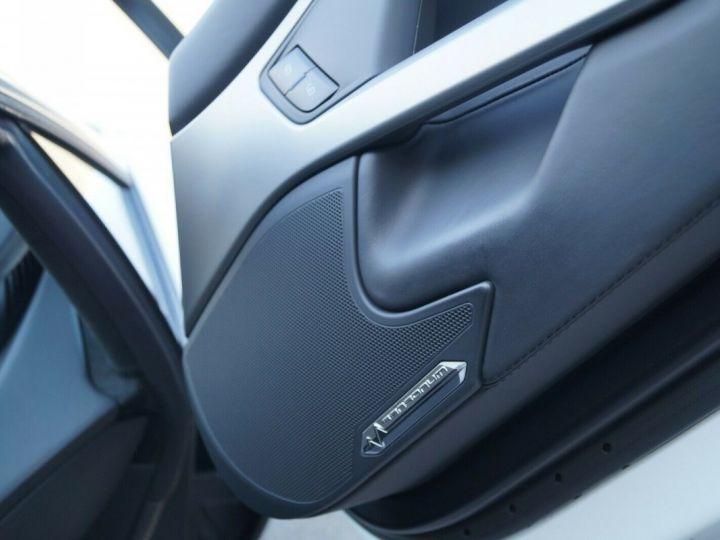 Lamborghini Aventador LP 700-4 BLANC - 14