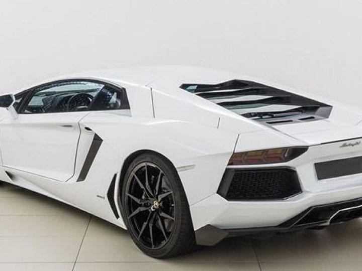 Lamborghini Aventador LP700-4 e-gear  blanc - 3