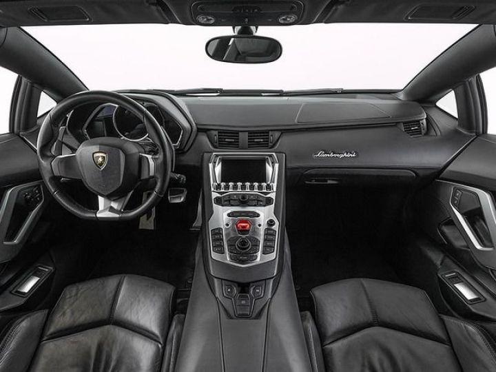 Lamborghini Aventador LP700-4 e-gear  blanc - 6