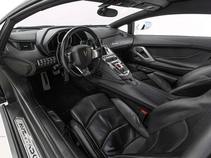Lamborghini Aventador LP700-4 e-gear  blanc - 7