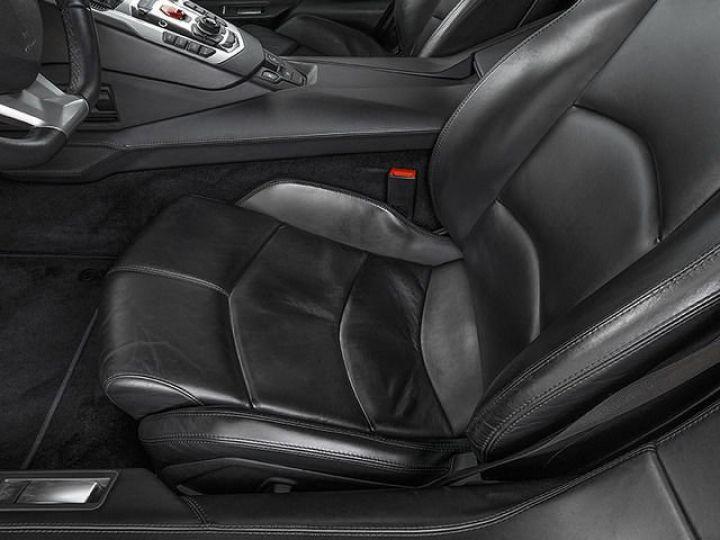 Lamborghini Aventador LP700-4 e-gear  blanc - 10