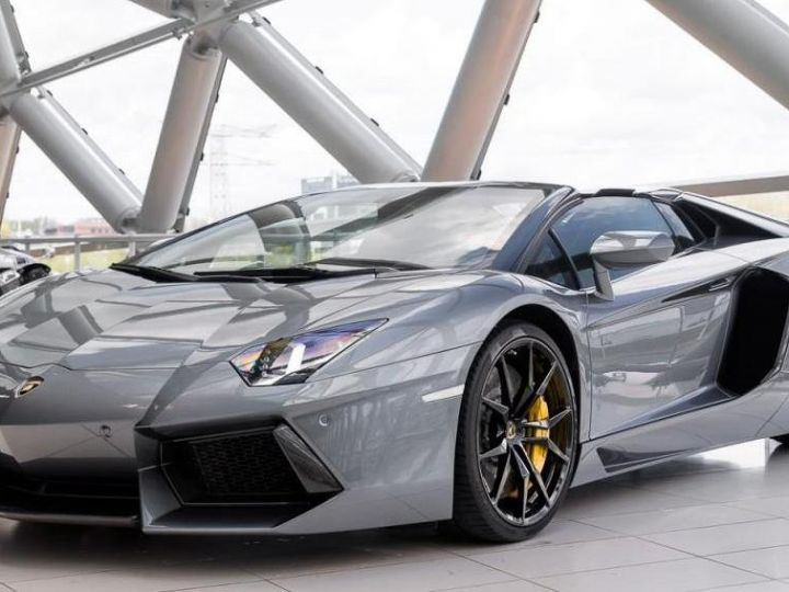 Lamborghini Aventador spider pot akrapovic GRIS - 1