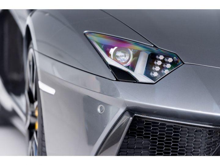 Lamborghini Aventador spider pot akrapovic GRIS - 5