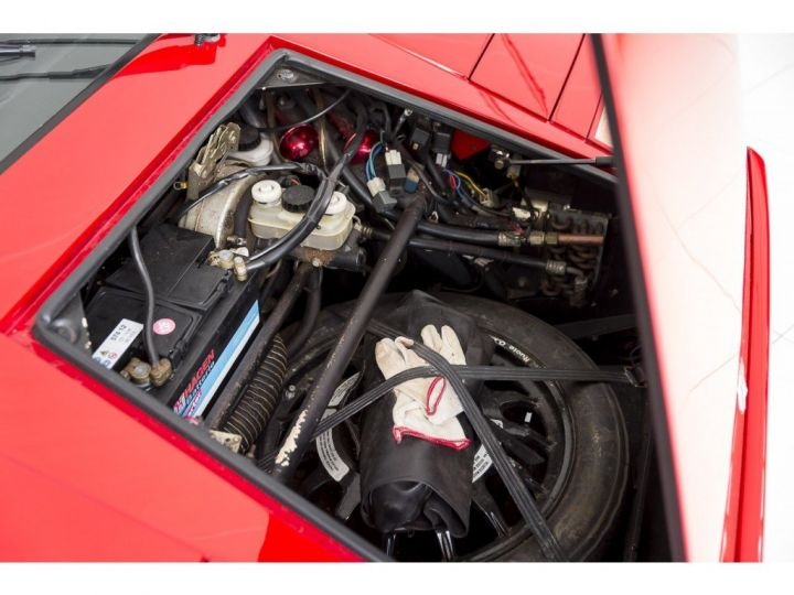 Lamborghini Countach 25th anniversary rouge - 11