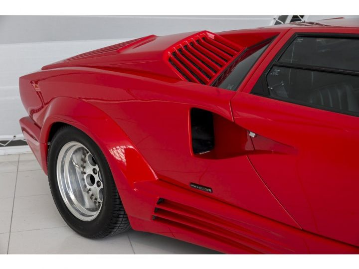 Lamborghini Countach 25th anniversary rouge - 13