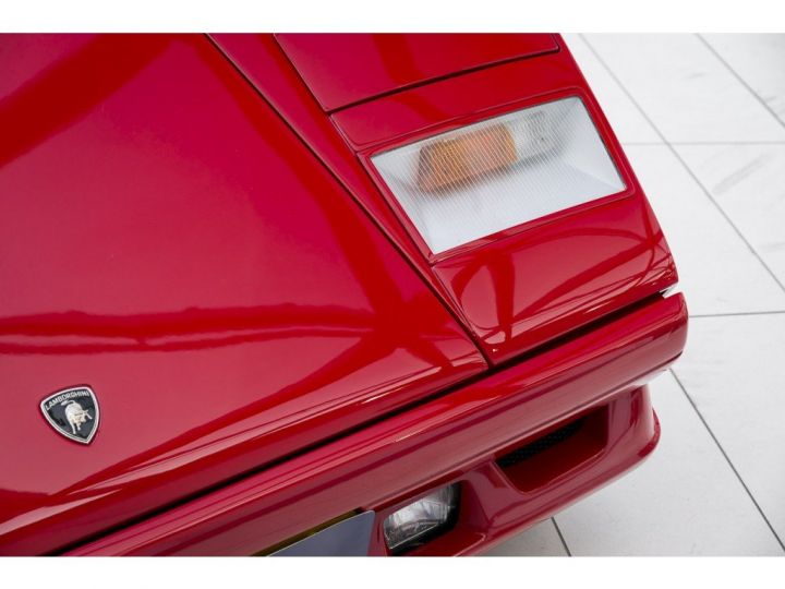 Lamborghini Countach 25th anniversary rouge - 17