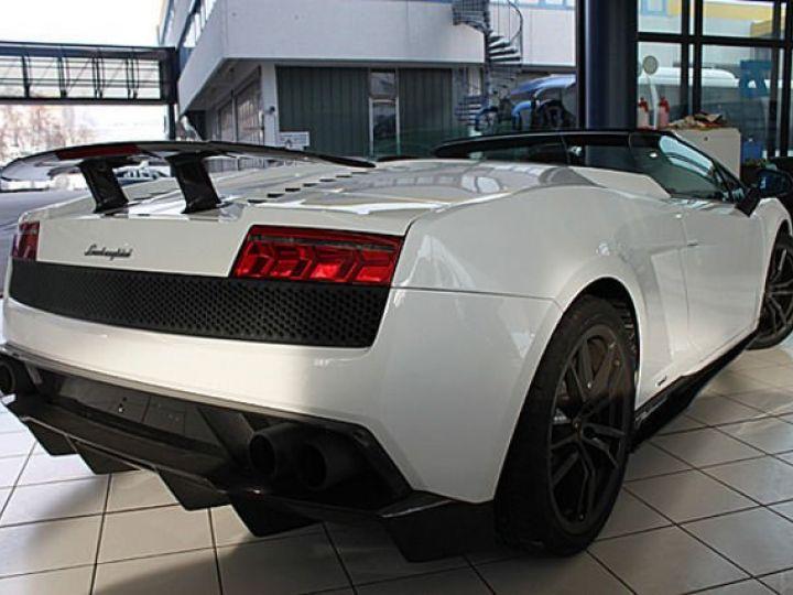 Lamborghini Gallardo Spyder performante Spyder LP570-4 blanc - 5