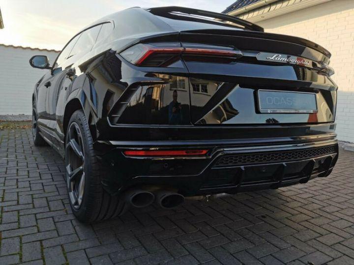 Lamborghini Urus noir  - 5