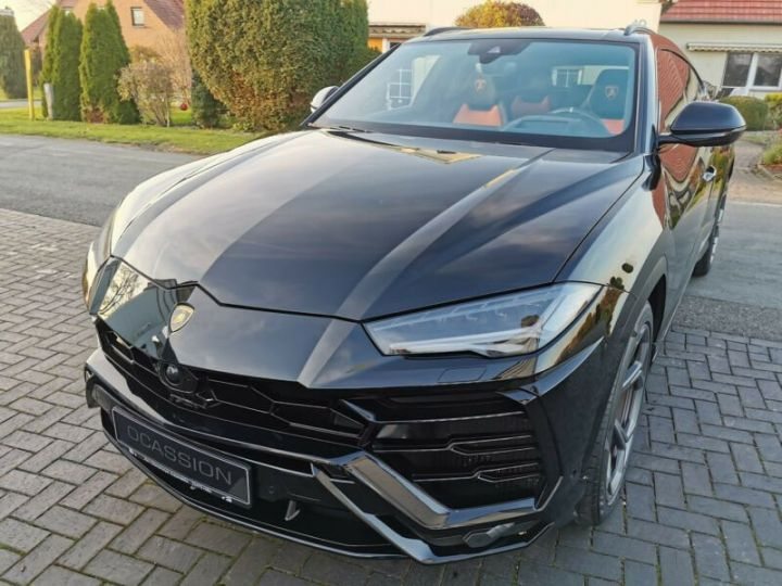 Lamborghini Urus noir  - 8