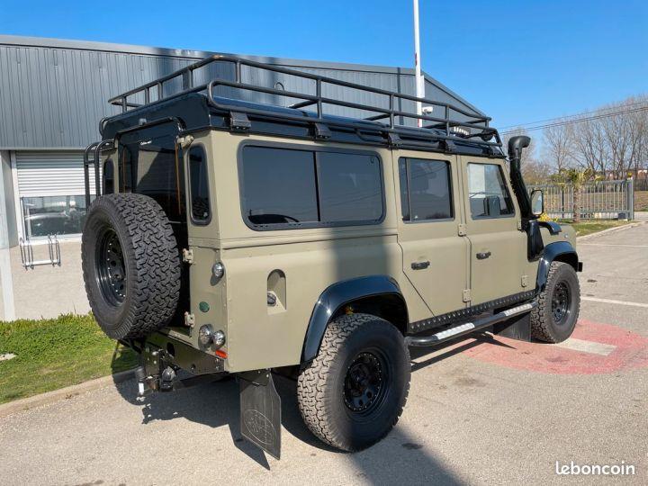 Land Rover Defender 110 td4 7 places ex armée  - 2