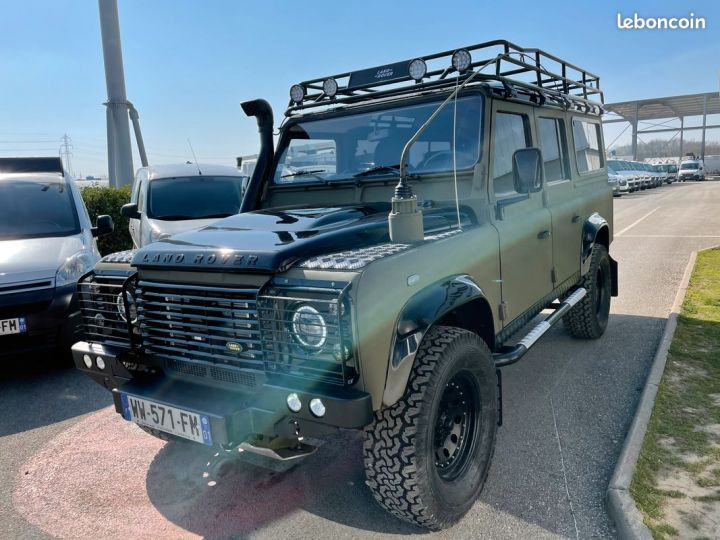 Land Rover Defender 110 td4 7 places ex armée  - 6