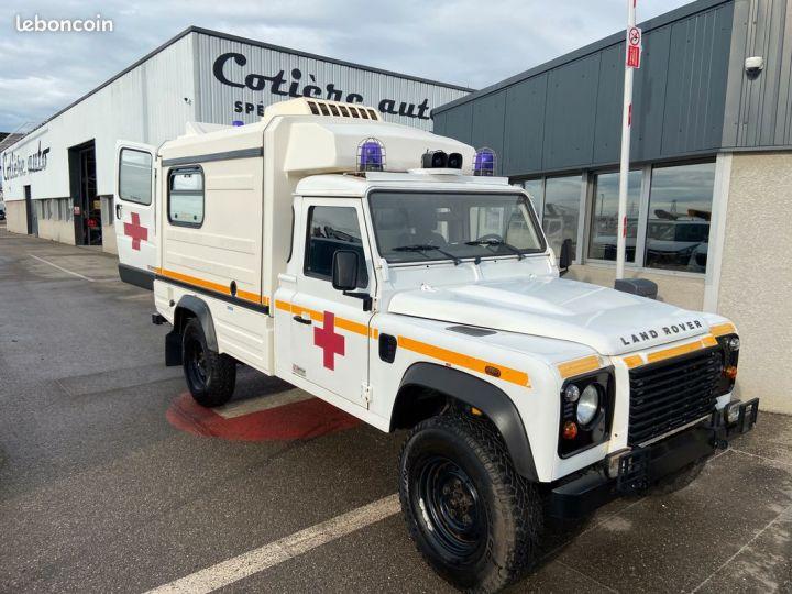 Land Rover Defender 130 cellule ambulance 12000km Blanc - 1