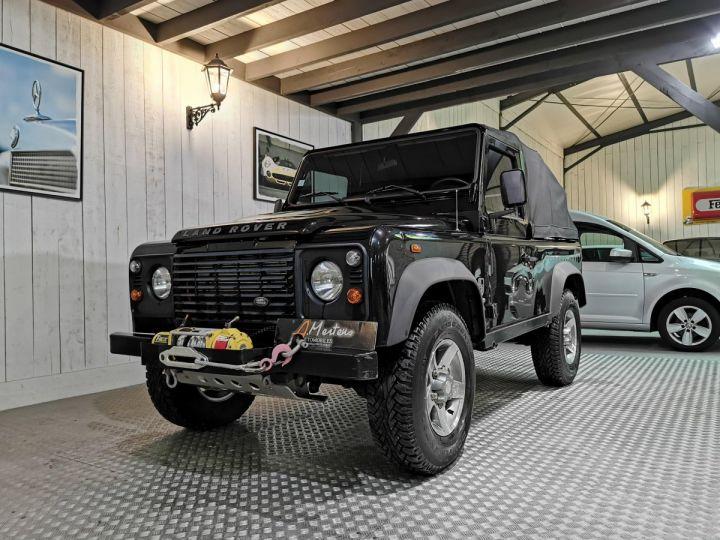 Land Rover Defender 90 2.2 TD4 122 CV EDEN PARK Noir - 2