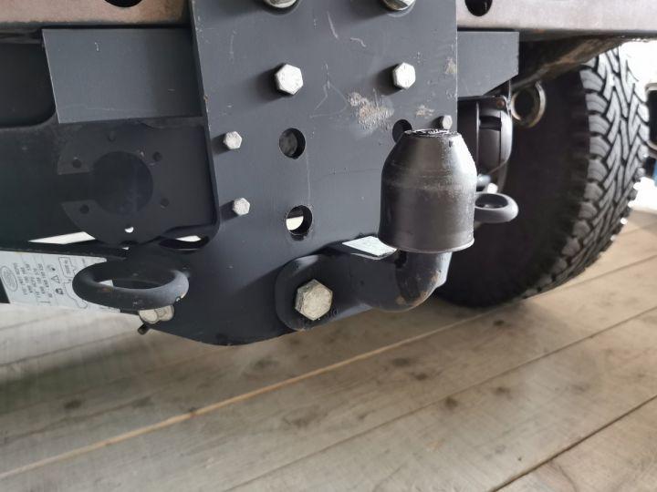 Land Rover Defender 90 2.2 TD4 122 CV EDEN PARK Noir - 9