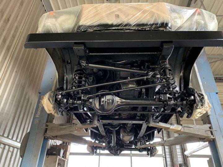 Land Rover Defender Station Wagon 110 TD5 SW 122 CV Blanc - 20