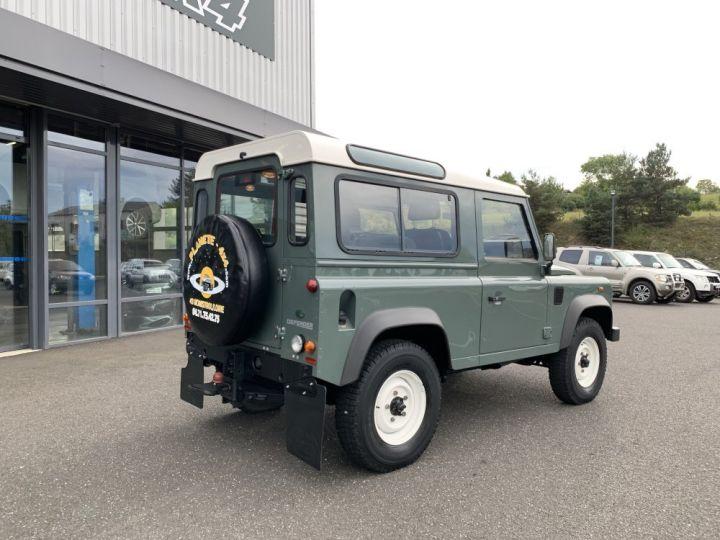 Land Rover Defender Station Wagon 2.4 L TD 122 CV  Vert - 7
