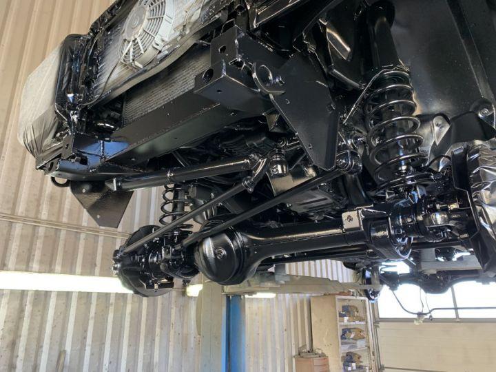 Land Rover Defender Station Wagon 90 SW TD5 122 CV Vert Foncé - 17