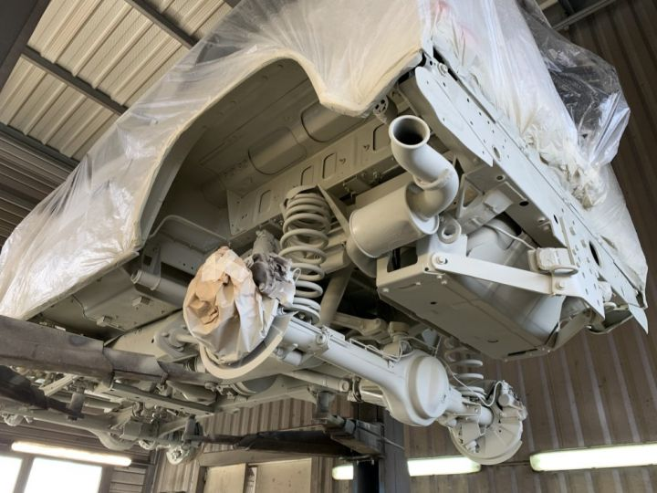 Land Rover Defender Station Wagon 90 TD4 122 CV Blanc - 12