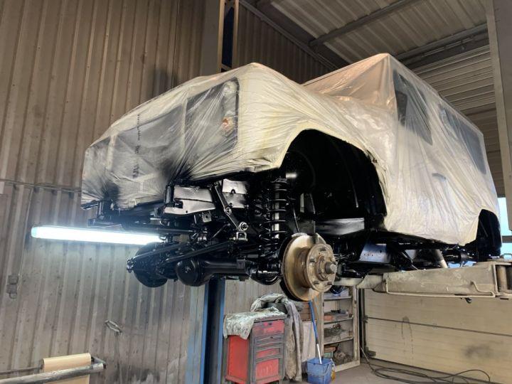 Land Rover Defender Station Wagon 90 TD4 122 CV Blanc - 14