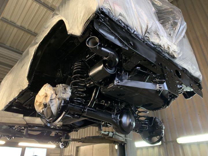 Land Rover Defender Station Wagon 90 TD4 122 CV Blanc - 16