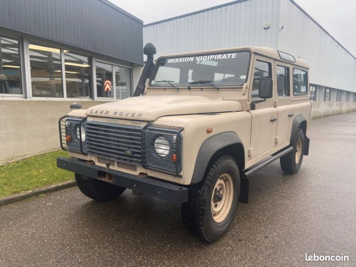 Land Rover Defender td4 110 5 places 25000km Beige - 1