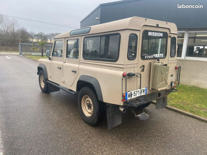 Land Rover Defender td4 110 5 places 25000km Beige - 2