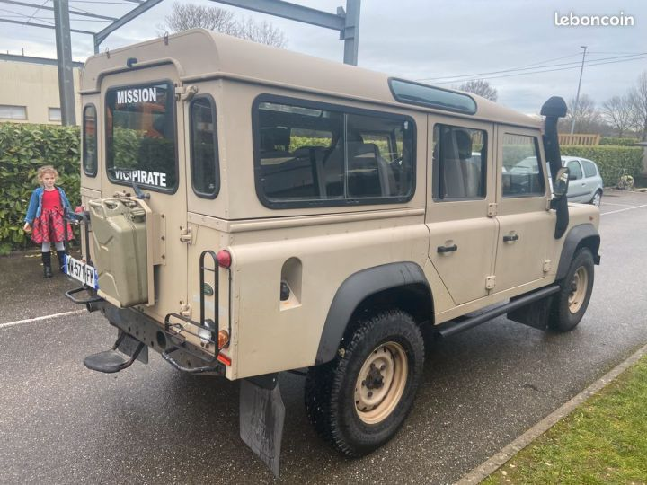 Land Rover Defender td4 110 5 places 25000km Beige - 3